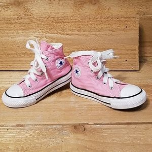 Converse pink toddler shoes